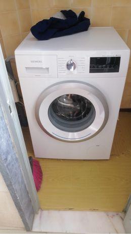 Maquina de lavar roupa Siemens