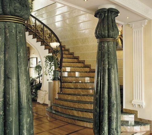 Лестницы, ступени из мрамора, гранита. Изготовление, установка.