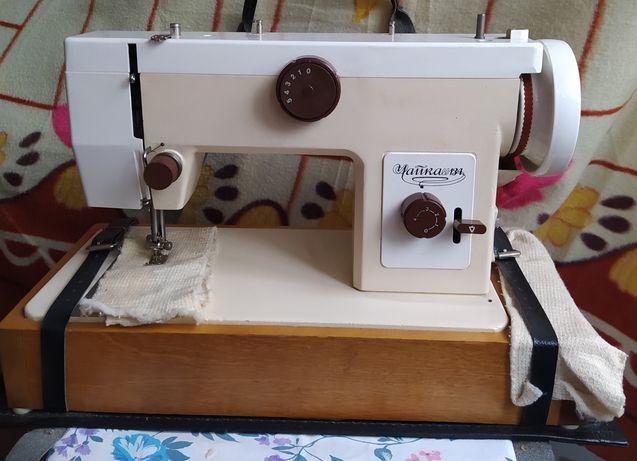 Швейная машинка Чайка 134 новая