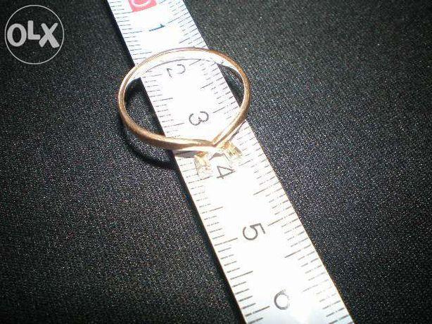 ZŁOTY PIERŚCIONEK - 1,71 g próba złota 583 średnica 18mm