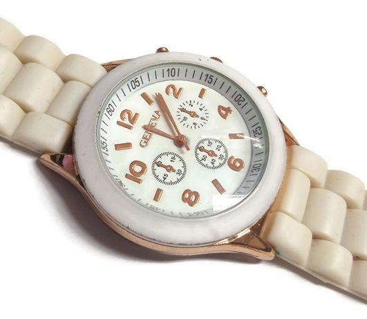 Zegarek damski na białym gumowym pasku Geneva