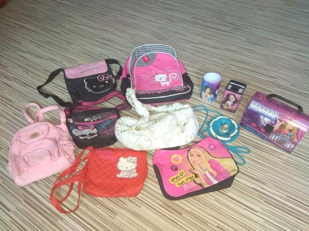 Zestaw dziewczecych gadżetów torebki plecaki i inne