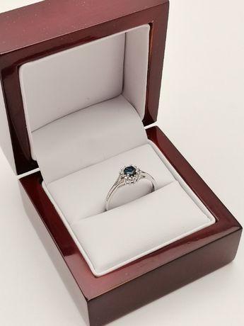 Złoty Pierścionek z brylantami i szafirem Certyfikat Apart Zaręczyny