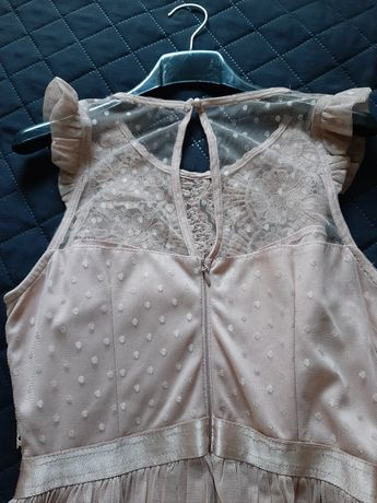 Sukienka z tiulem r.38