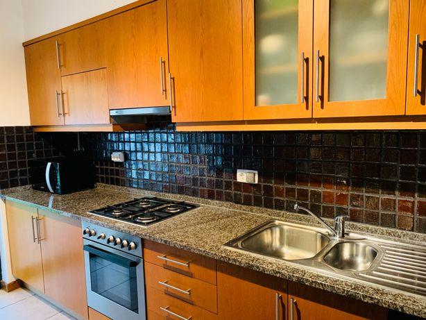 Móveis de cozinha usados em bom estado