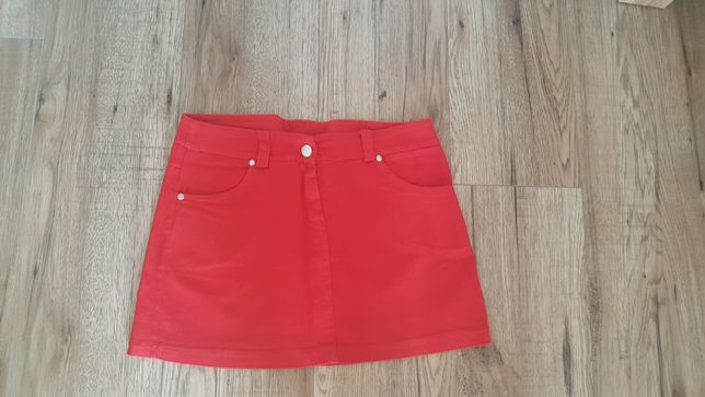 czerwona mini spódniczka rozm S