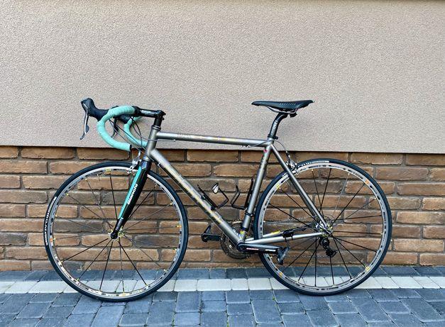 Продам шосейник Bianchi matta s9 titanium 54