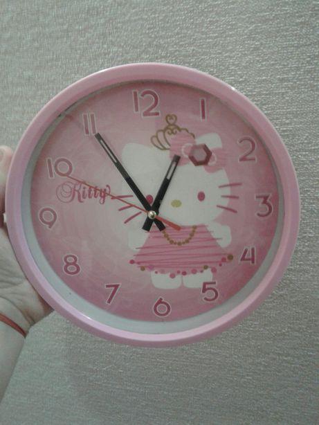 Годинник,годинка HELLO KITTY