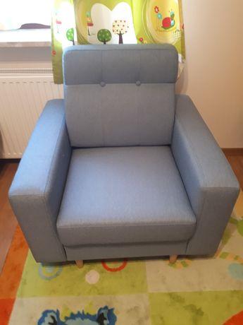 Nowy fotel niebieski