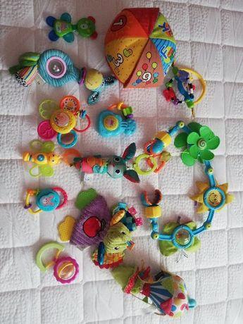 zestaw roznych zabawek
