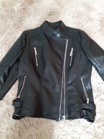Sprzedam kurtkę czarną