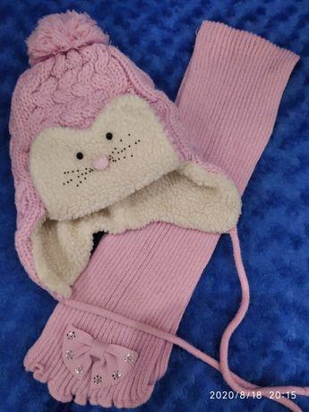 Шапочка і шарф на дівчинку