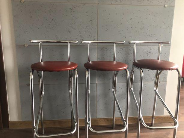 Krzesła barowe hokery