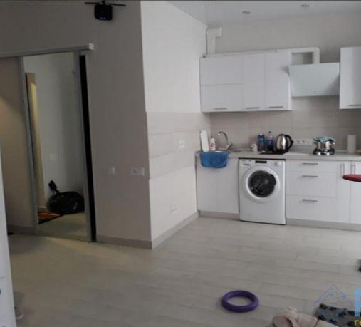 ЛФ-6 Однокомнатная квартира с ремонтом в новом доме на Таирова
