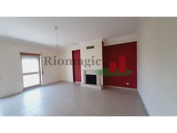 Apartamento T3 Rio Maior - Até 100% Financiamento