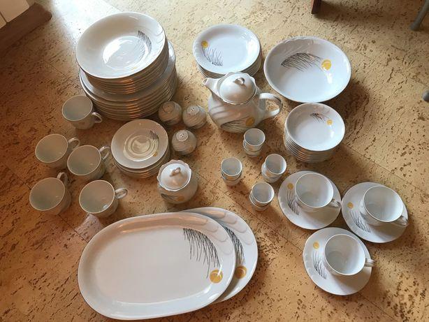 Serwis obiadowo-kawowy.Porcelana WAWEL.66 elementów.