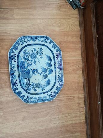 Prato antigo. China. Porcelana chinesa antiga.