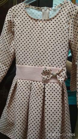 Платье на девочку р.110
