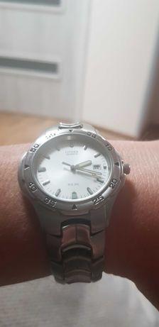 Zegarek Citizen z datownikiem