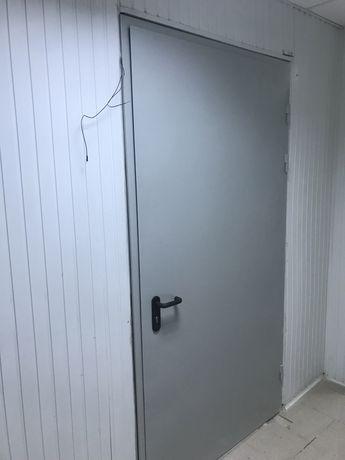 Монтаж и установка входный металлических дверей