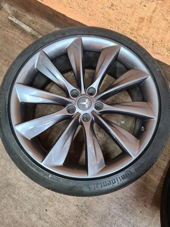 21 диски Tesla Model S + шины