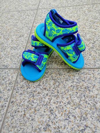 Sandálias de menino, tamanho 24