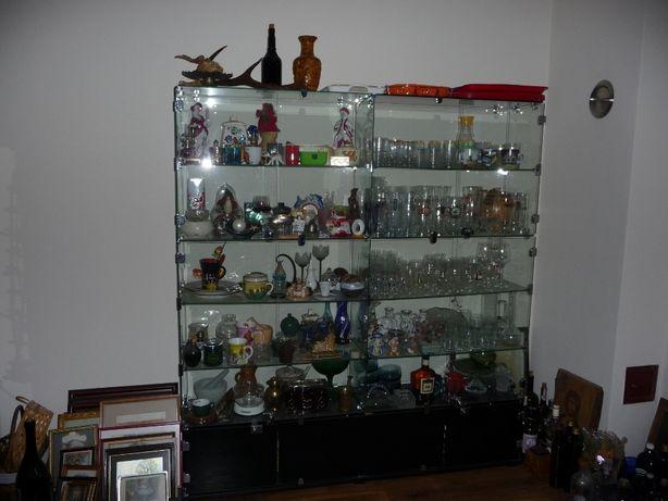 Witryna szklana jubilersko/ kosmetyczna