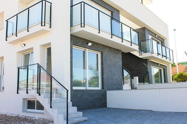 Апартаменты в бунгало с двором и приватным местом Gran Alcant Аликанте