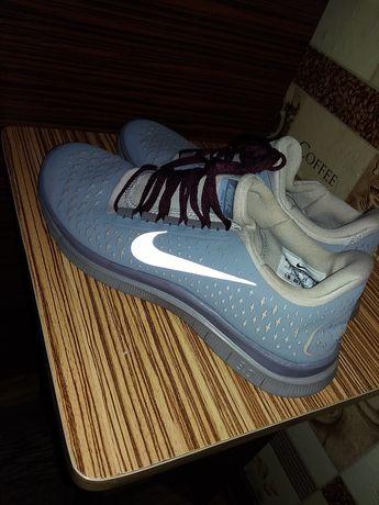 Женские/подростковые беговые кроссовки Nike original 24.5 см стелька