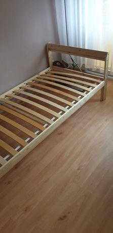 Łóżko z materacem 90x200cm