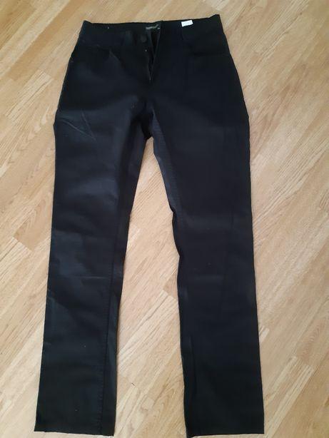 spodnie s czarne
