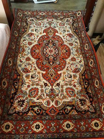 Продам натуральный шерстяной ковёр