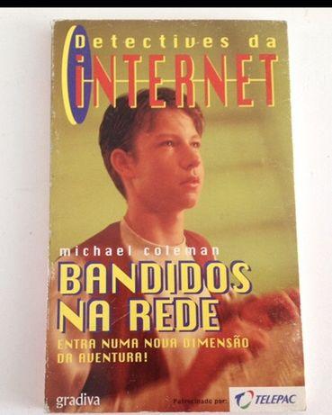 "Livro  "" Detetives da Internet "" - Novo"