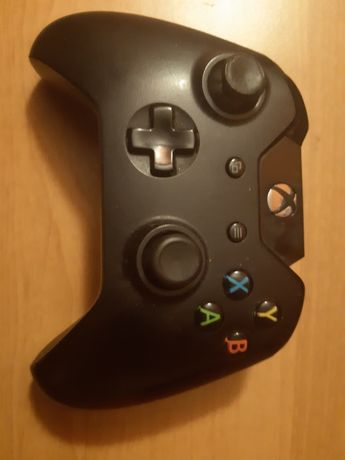 Pad Xbox one uszkodzony