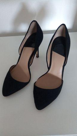 Stilettos pretos