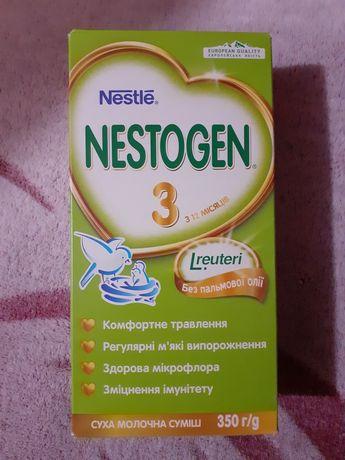 Молочна суміш/смесь Nestogen 3 (Нестожен)