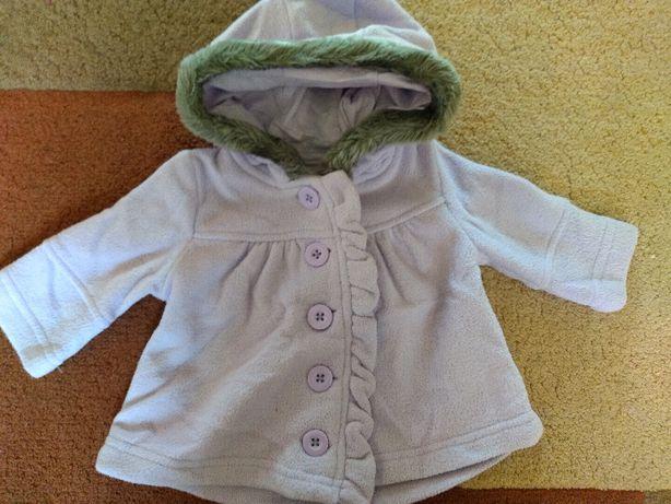 Fioletowy płaszczyk dla dziewczynki rozmiar 0-3 miesiąca.