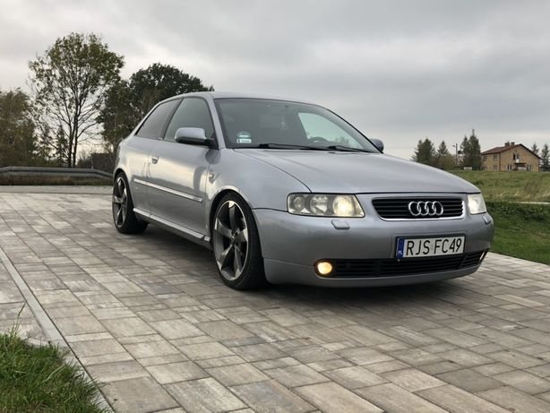 Audi A3 1.8 Turbo 180 KM S line