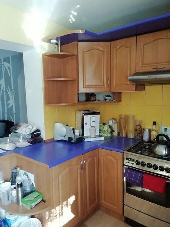 Zestaw mebli kuchennych wraz z osprzętem AGD