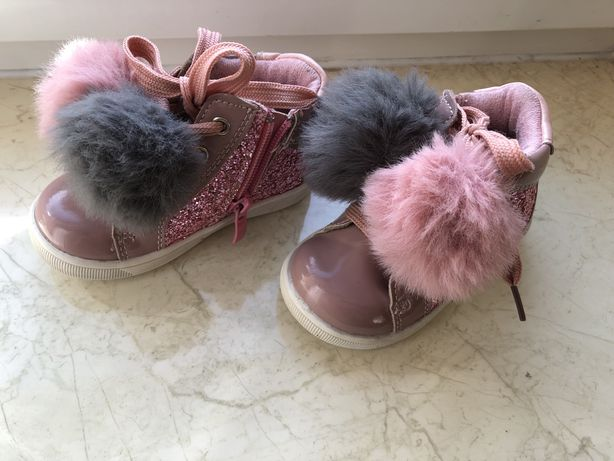 Осенние ботиночки на девочку(12,5 см)