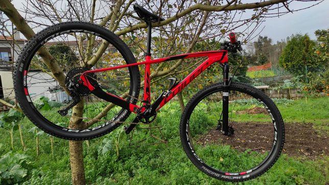 Bicicleta Coluer carbono BTT 29'