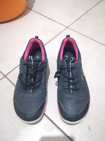 Sprzedam buty Ecco rozmiar 34