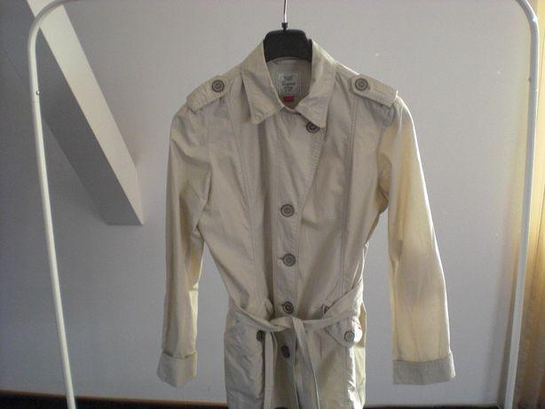 Płaszcz Esprit wiosenny
