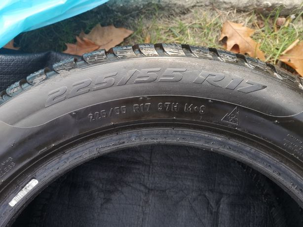 Opony zimowe Pirelli SottoZero 3 225/55/R17 - komplet