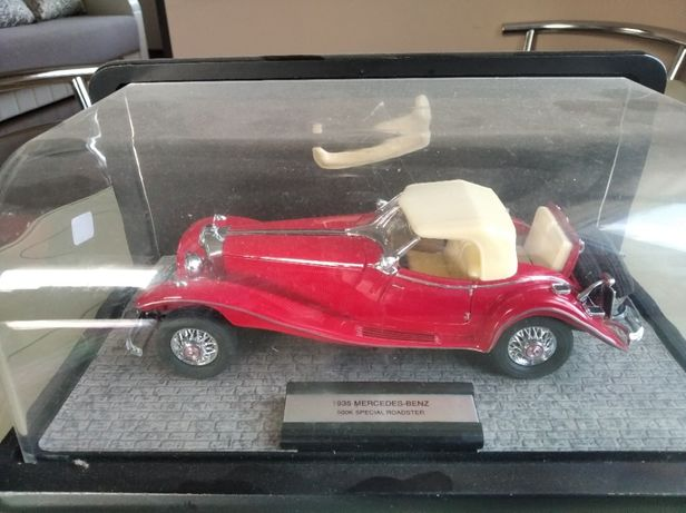 модель 1.24 1935 Mercedes 500K