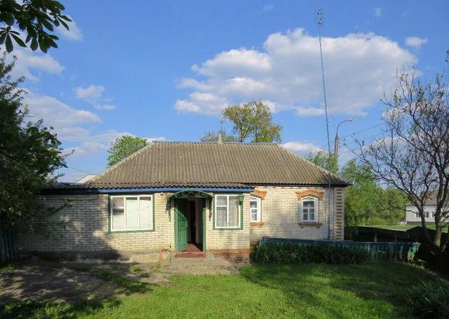 Дом в с. Коровинцы с участком 0,25га