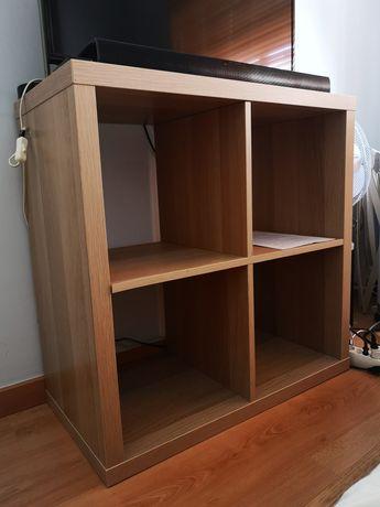 Móvel IKEA estante