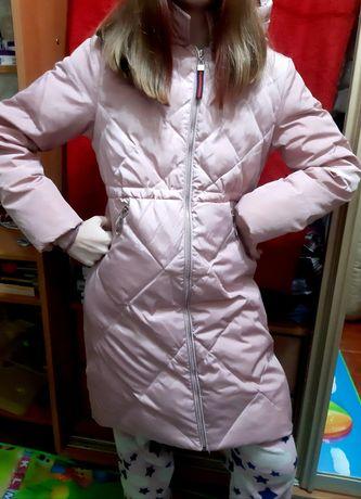 Куртка на  дівчинку підлітка
