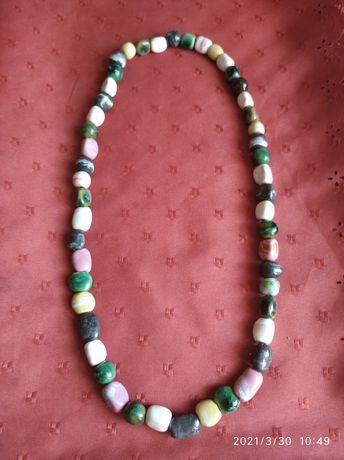 Продам бусы из п/драгоценных камней (жемчуг,черный агат,малахит,сердол