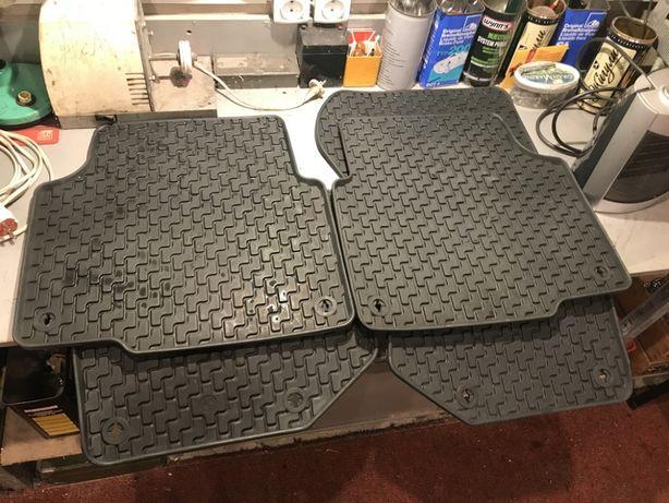 Оригинальные чёрные резиновые коврики для БМВ Е36 седан купе туринг...